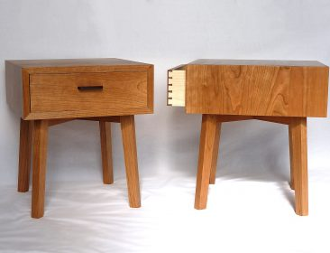 Pair of cherry bedside tables with dovetailed drawer