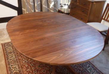Extending Table in 'Dining' format